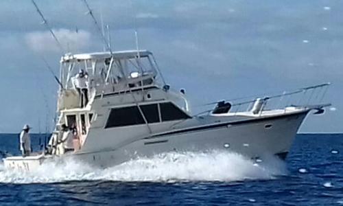 42 ft Hatteras Luxury Fishing Boat