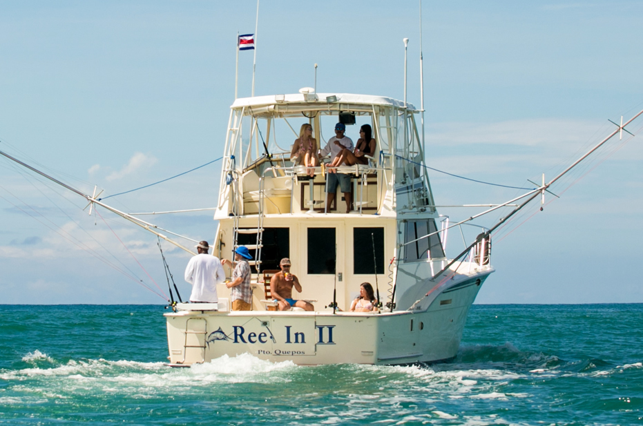 Quepos Fishing-Reel In 2 is our 42 ft Hatteras.