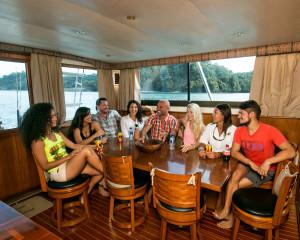 luxury fishing boats quepos costa rica